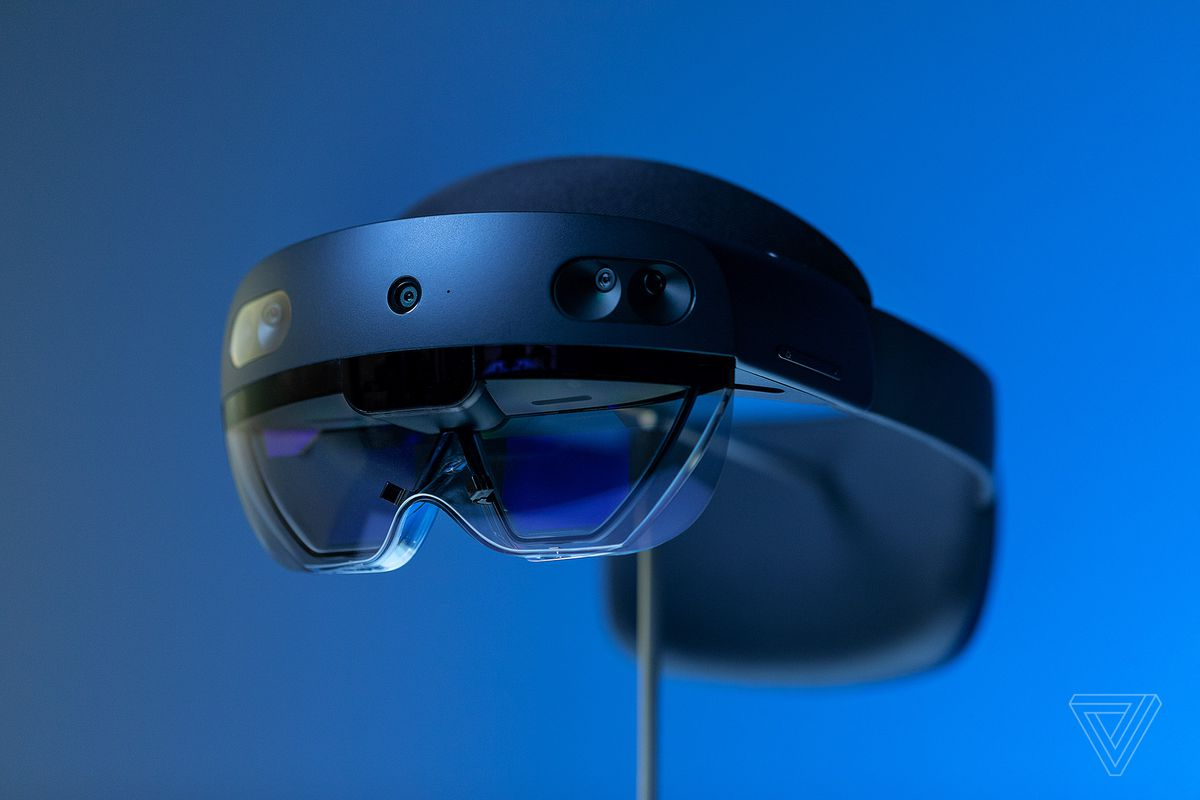 Microsoft unveils HoloLens 2 developer edition for $3,500