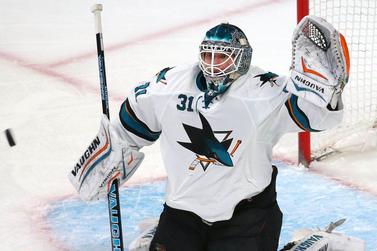 Oilers could cross off a big question mark this offseason by acquiring Niemi