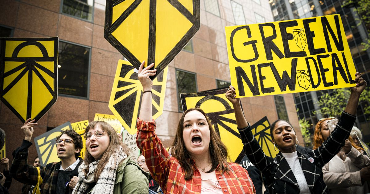 """It's young people, it's their future"": Inside the Sunrise Movement's bid to save the world"