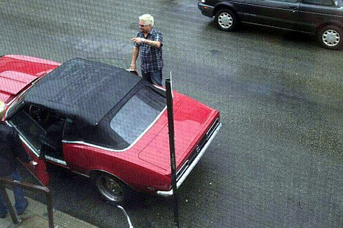 Here's Fieri shooting outside the SPTR right now.