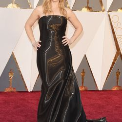 Best Supporting Actress nominee Kate Winslet in Ralph Lauren, just as she hinted previously. Photo: Jason Merritt/Getty Images
