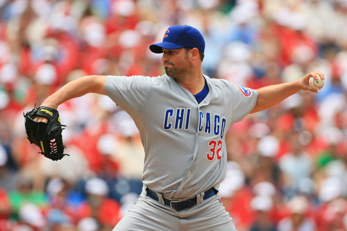 Starting pitcher Doug Davis of the Chicago Cubs throws a pitch during a game against the Philadelphia Phillies at Citizens Bank Park on June 12, 2011 in Philadelphia, Pennsylvania. (Photo by Hunter Martin/Getty Images)