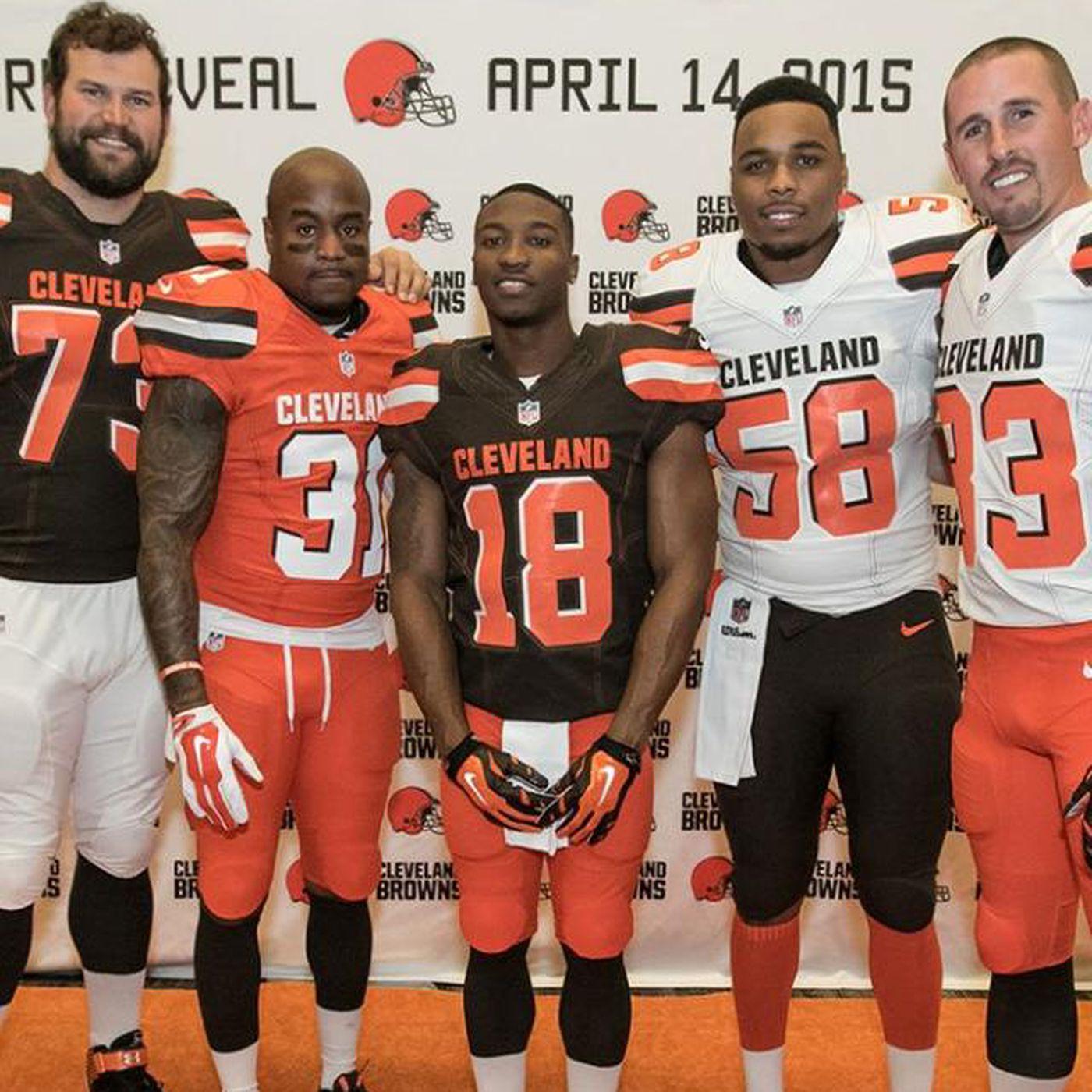 separation shoes 53ac9 c7af1 Cleveland Browns Unveil New Uniforms For 2015 - Cincy Jungle