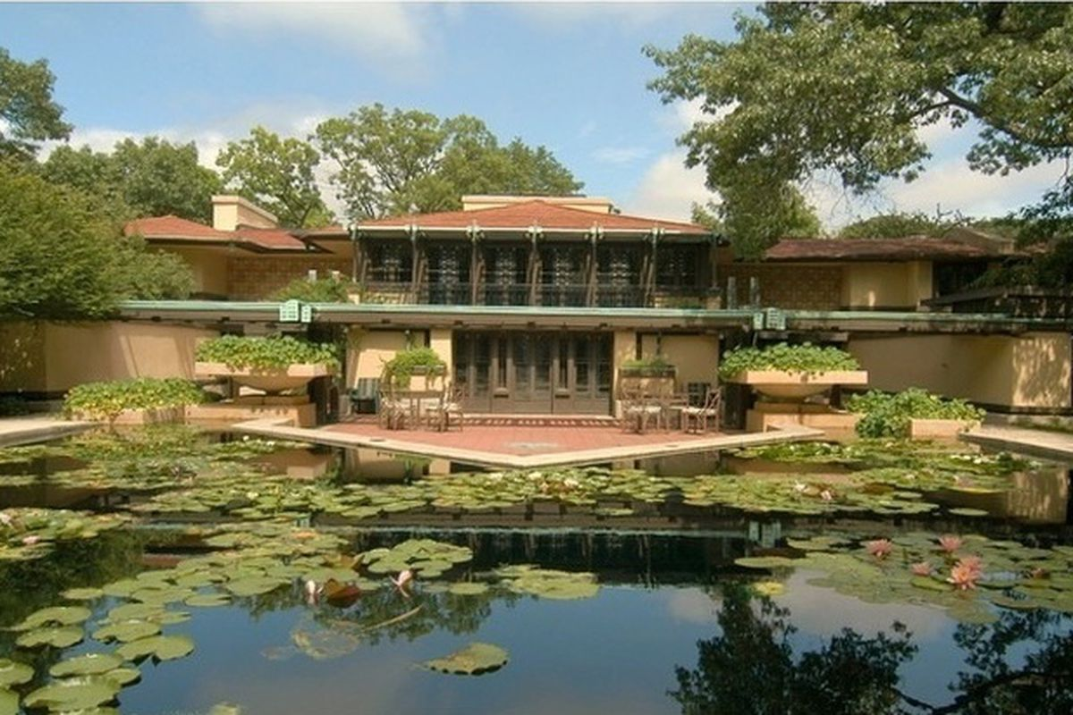 Frank lloyd wright s avery coonley house knocks another Avery house