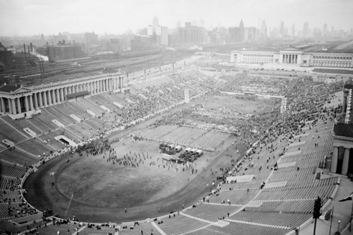 Philadelphia Police Cars >> The Storied (and Sometimes Strange) History of Soldier Field - Curbed Chicago