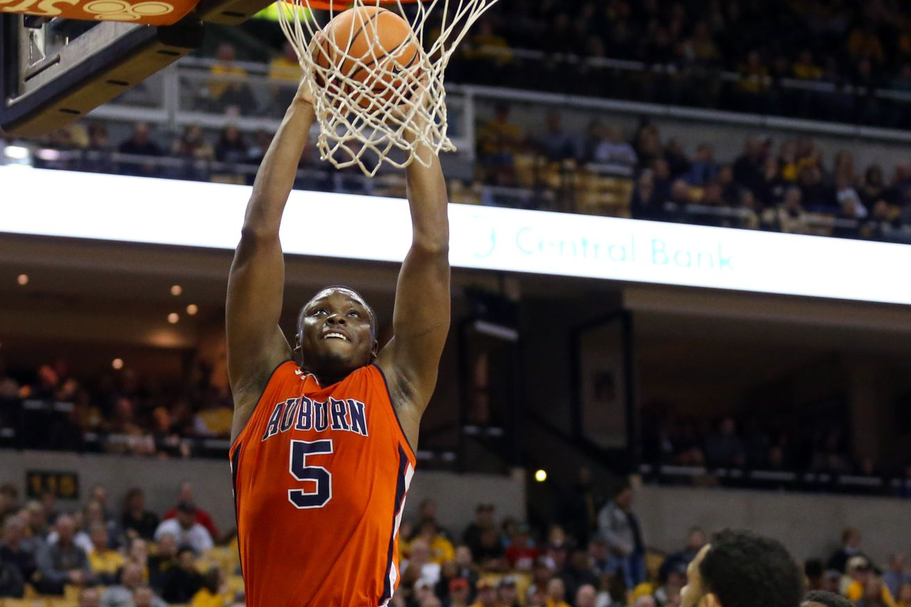 NCAA Basketball: Auburn at Missouri
