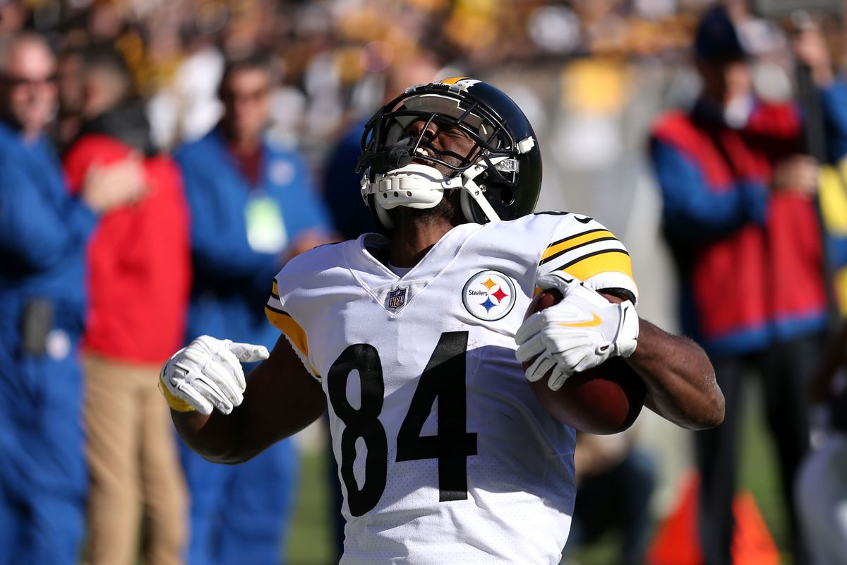 Antonio Brown Traded To The Raiders It S Real This Time