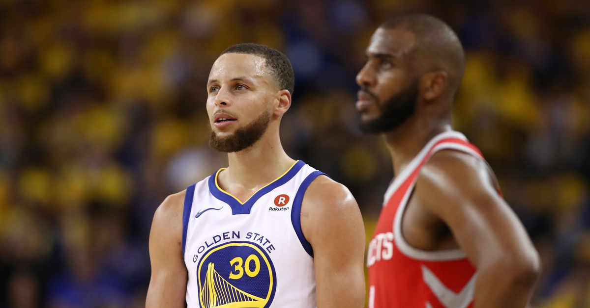 Curry, Paul face off on Celebrity Family Feud