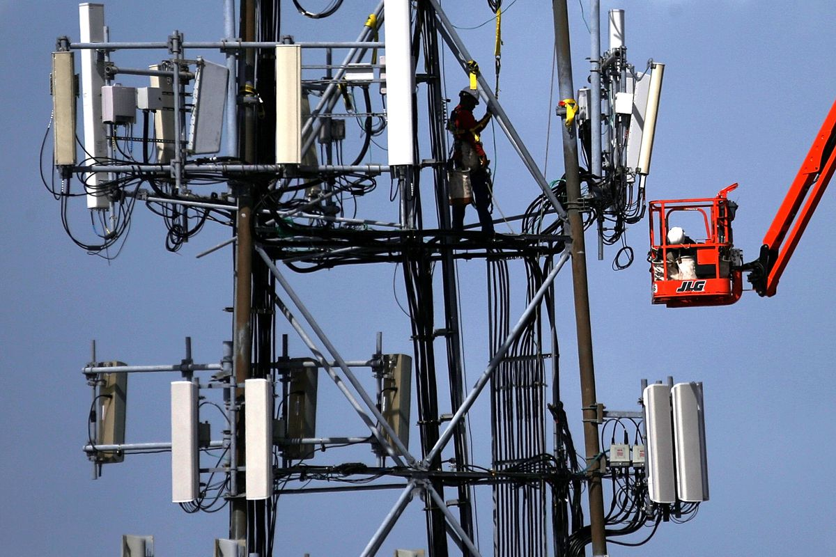 Cellphone towers are expensive. Google's new service may help customers use them more efficiently.
