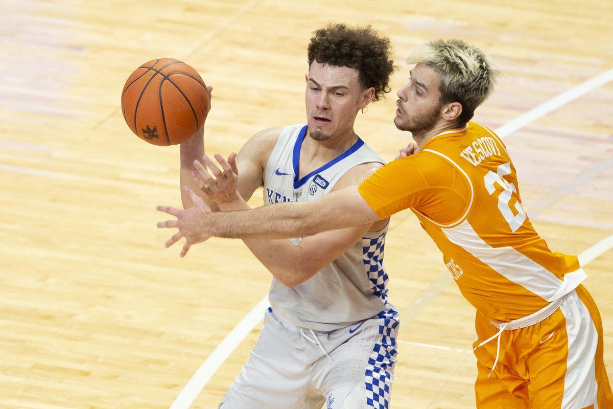 NCAA Basketball: Tennessee at Kentucky