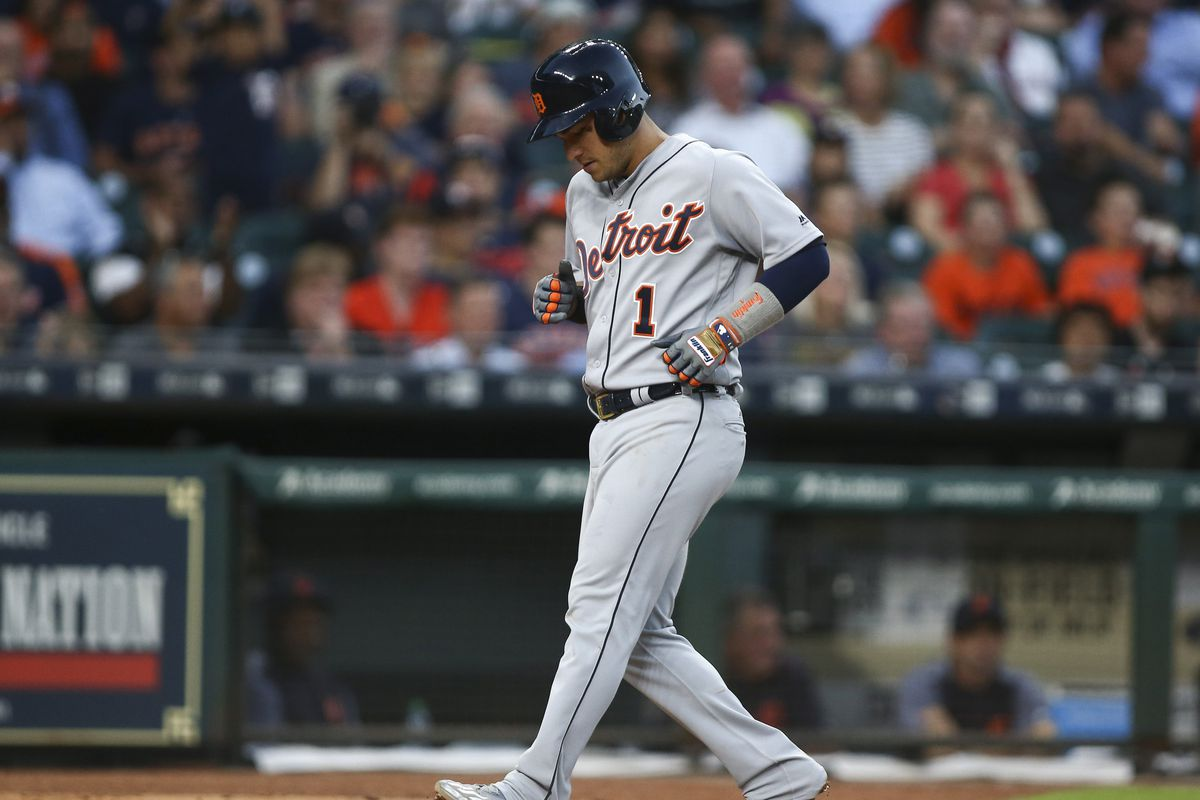 Peacock, Astros 1-hit Tigers to 1-0 win