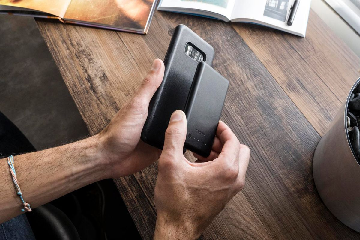 the best attitude 341e6 1ba4e You can wirelessly charge your smartphone anywhere with Mophie's new ...