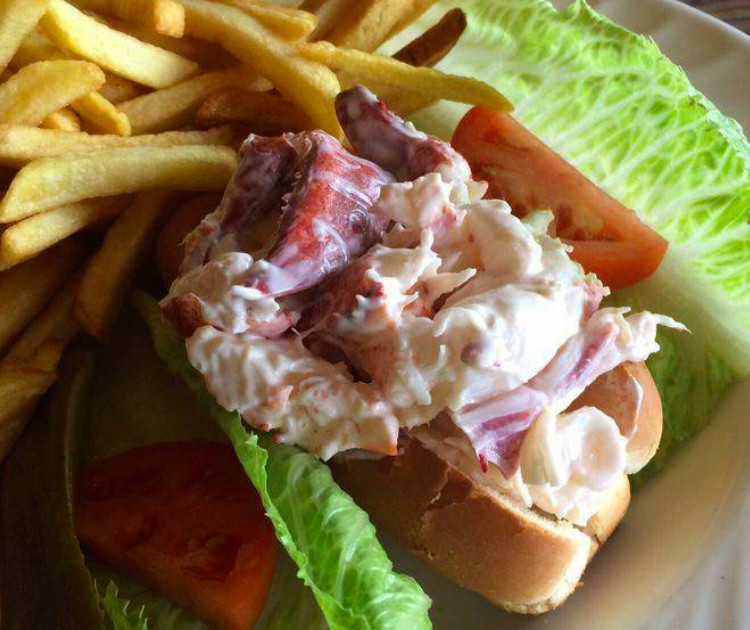no name lobster roll