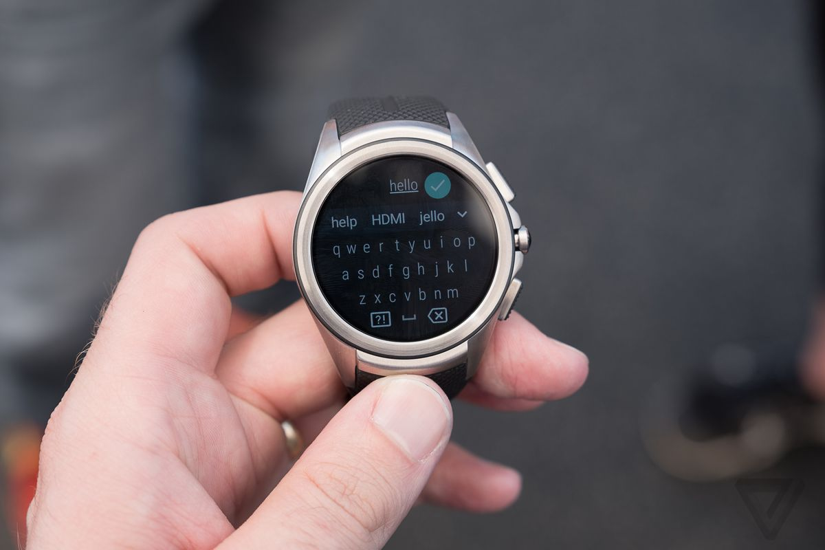 Android Wear 2.0 hands on photos
