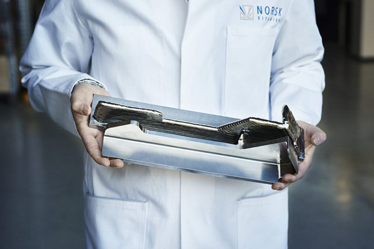 3d Printed Titanium Parts Could Save Boeing Up To 3 Million Per Airplane Plane