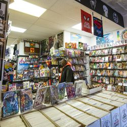 First Aid Comics in Little Italy. | Tyler LaRiviere/Sun-Times