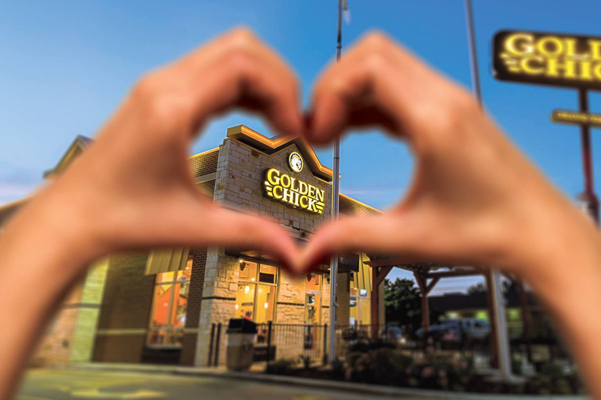 Exterior of a Golden Chick fast casual restaurant in Texas, coming to Las Vegas next year.