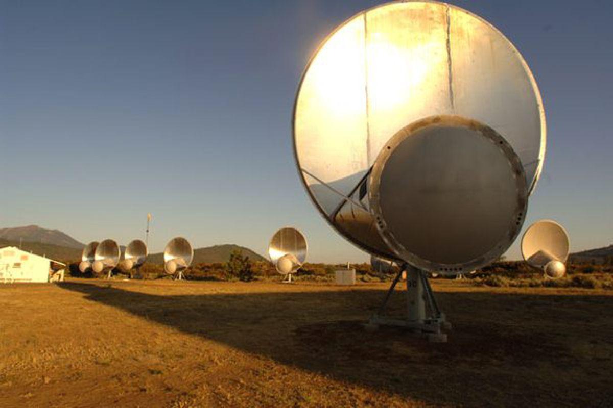 seti restarts the allen telescope array  resumes looking
