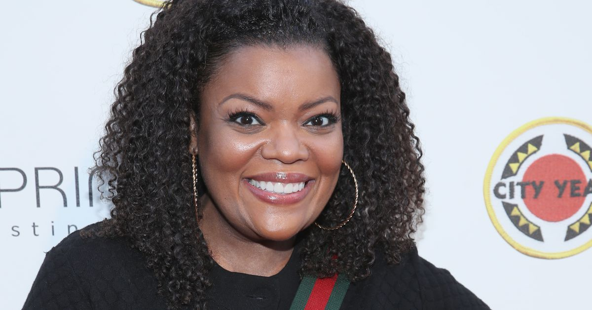 Yvette Nicole Brown will take over AMC's aftershow for The Walking Dead
