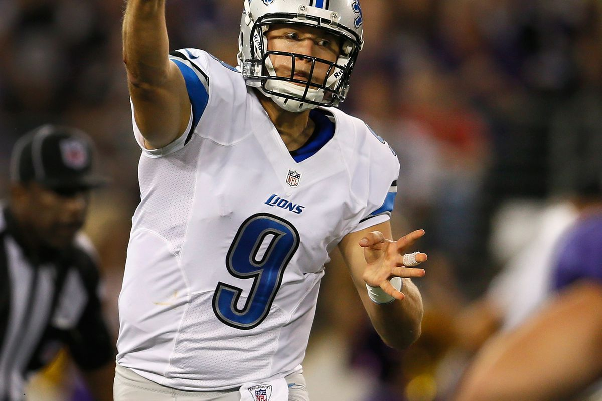 BALTIMORE, MD - AUGUST 17:  Quarterback Matthew Stafford #9 of the Detroit Lions throws a pass against the Baltimore Ravens during the first half at M&T Bank Stadium on August 17, 2012 in Baltimore, Maryland.  (Photo by Rob Carr/Getty Images)