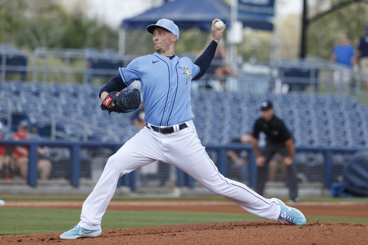 Blake Snell of the Tampa Bay Rays pitches during a Grapefruit League spring training game against the Minnesota Twins at Charlotte Sports Park on February 26, 2020 in Port Charlotte, Florida.