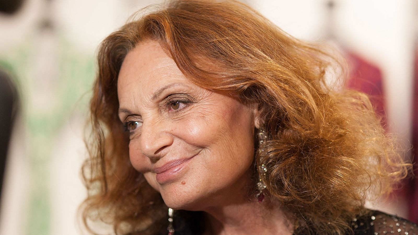 Dvf Won T Apologize For Photoshopping Bruce Jenner Into A