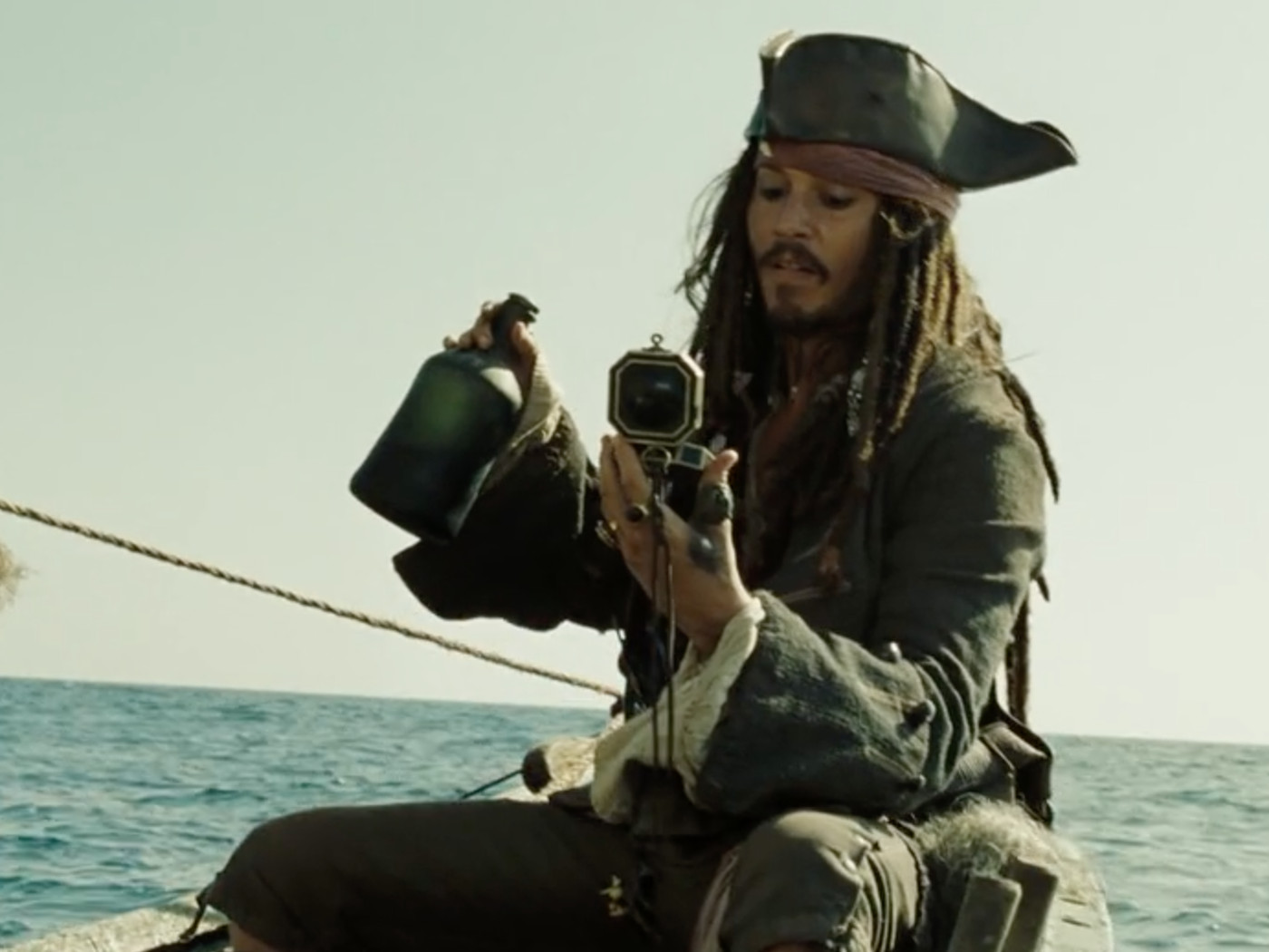Dead Men Tell No Tales Proves Continuity Still Doesn T Matter For The Pirates Of The Caribbean Films The Verge