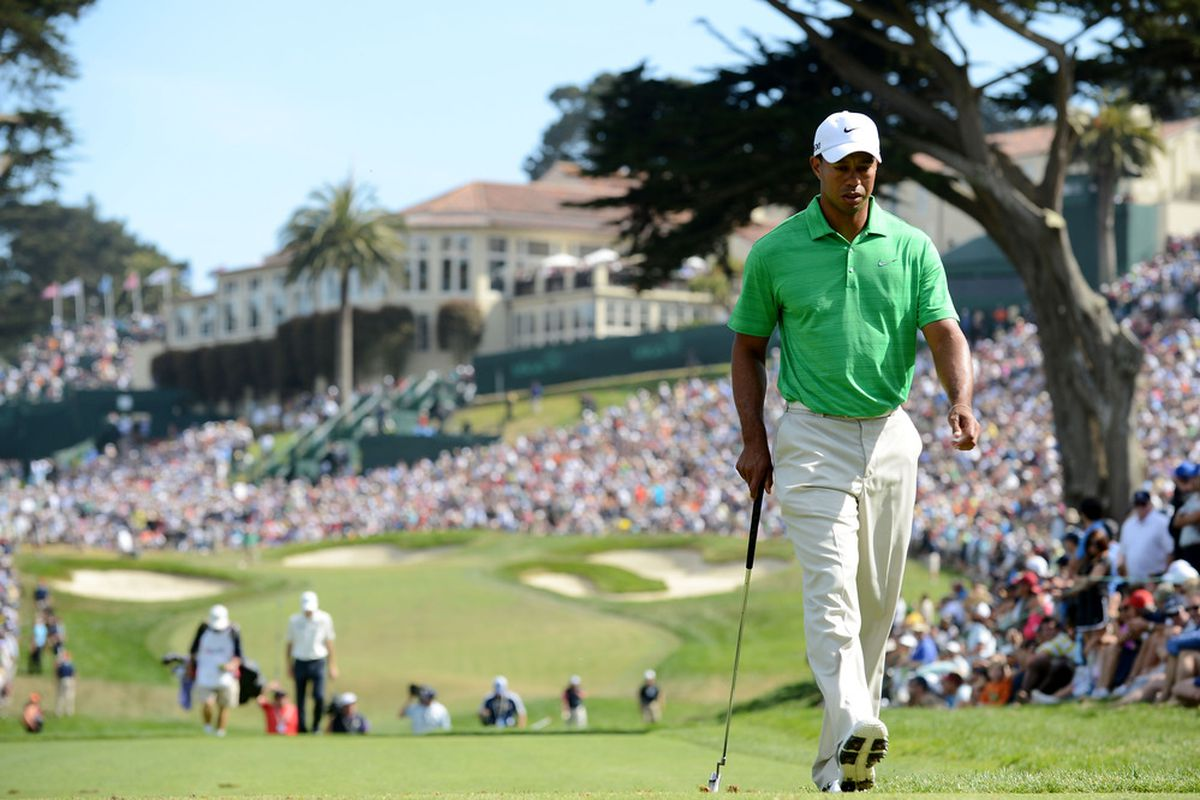 SAN FRANCISCO, CA - JUNE 16:  Tiger Woods of the United States walks to the eighth tee during the third round of the 112th U.S. Open at The Olympic Club on June 16, 2012 in San Francisco, California.  (Photo by Stuart Franklin/Getty Images)