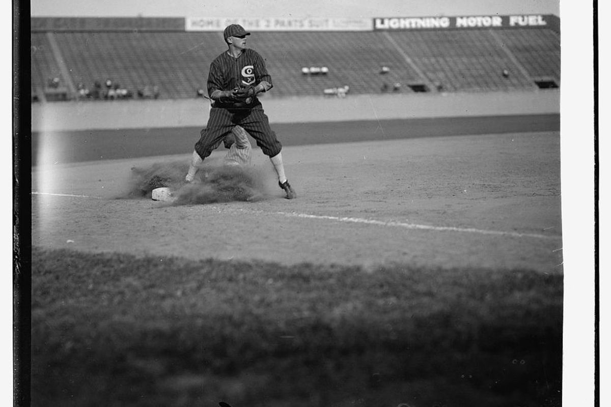 Willie Kamm at Comiskey Park in 1925. (Library of Congress)
