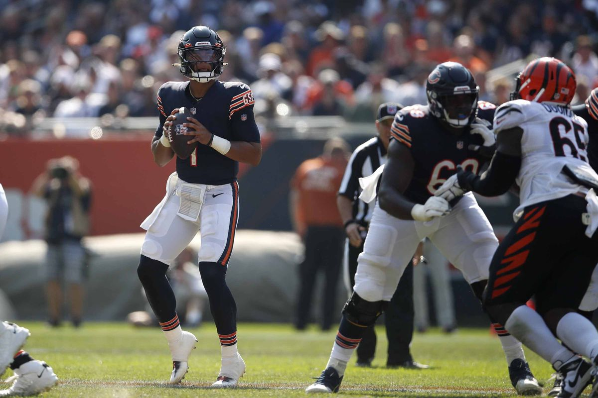 Bears rookie quarterback Justin Fields (1) completed 6-of-13 passes for 60 yards with one interception for a 27.7 passer rating in relief of Andy Dalton against the Bengals last week.