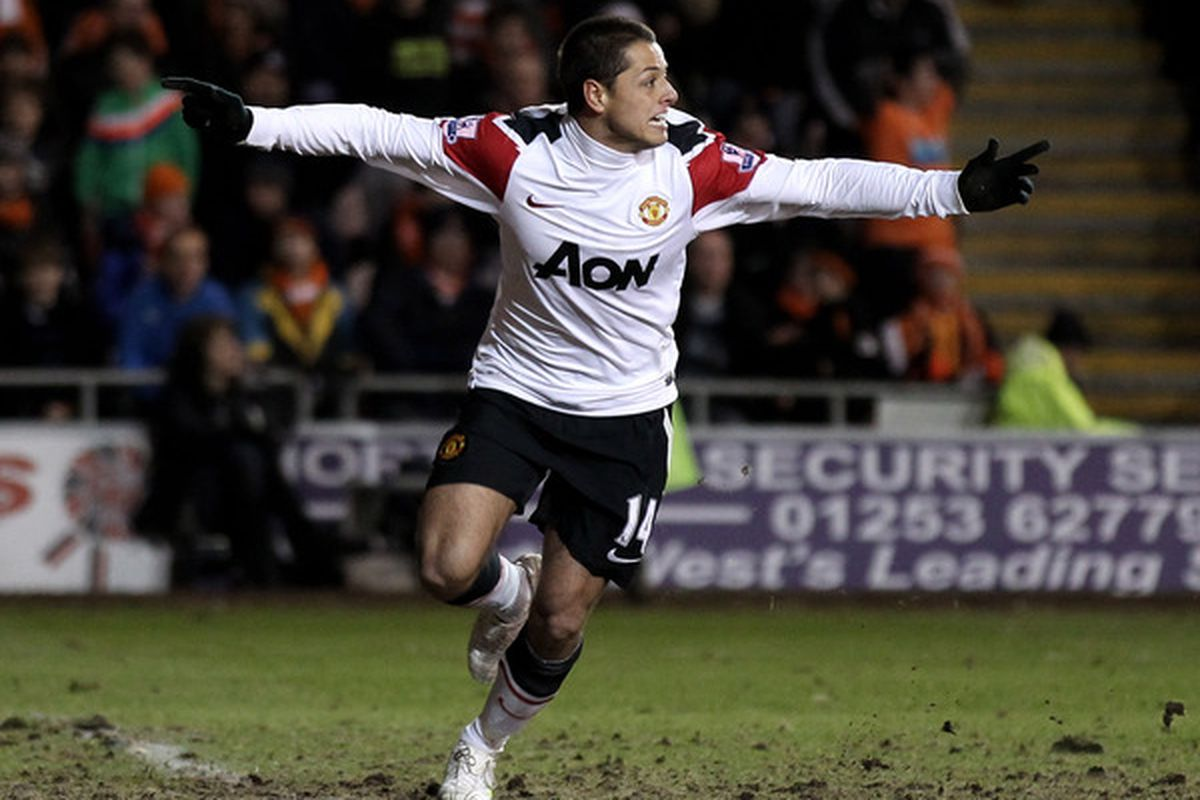 Chicharito owners will most assuredly NOT have this reaction to today's line-ups. (Photo by Alex Livesey/Getty Images)