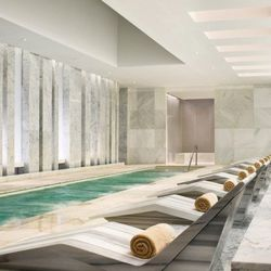 """<span class=""""credit"""">Image Via Fontainebleau</span><p><b>Lapis Spa at Fontainebleau:</b> Martha Stewart stamps this as """"the most beautiful spa in America,"""" so if you're gonna book a treatment at Lapis Spa, then you might as well go big. Reserve the Bleau"""