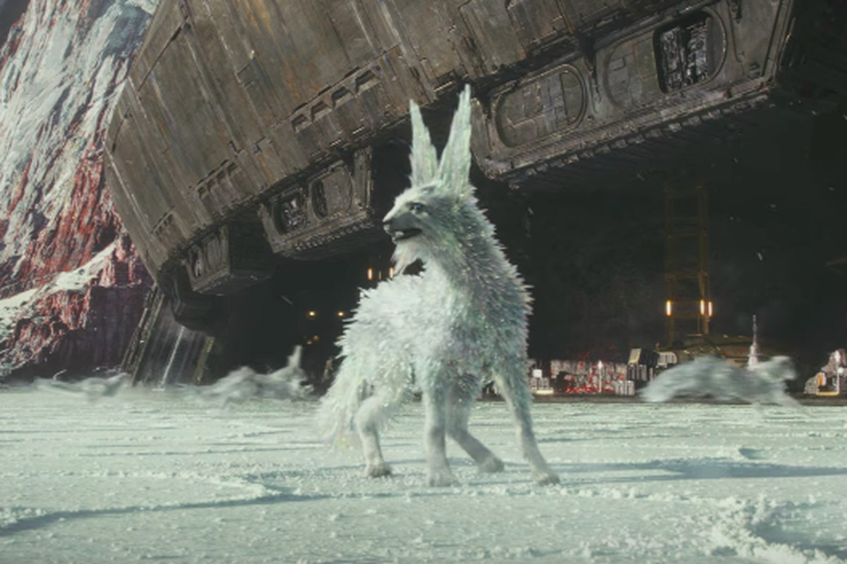 The Last Jedi S Mysterious Ice Fox Is Our New Favorite