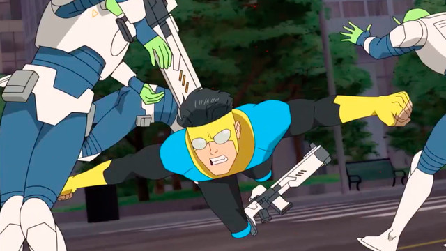 invincible fights green aliens in amazon's animated series