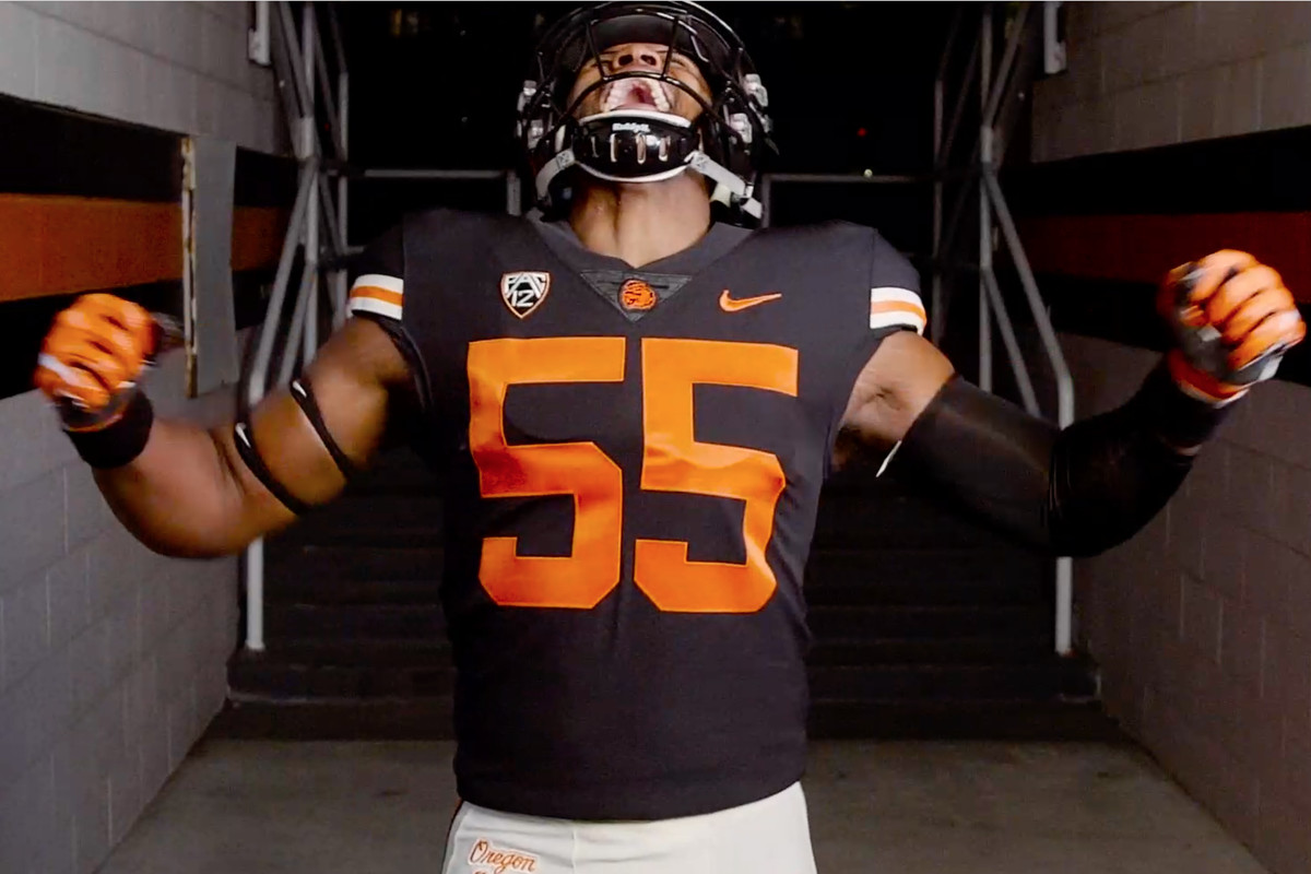 Quick Links: The New Retro Benny Uniforms Are Awesome - Building ...