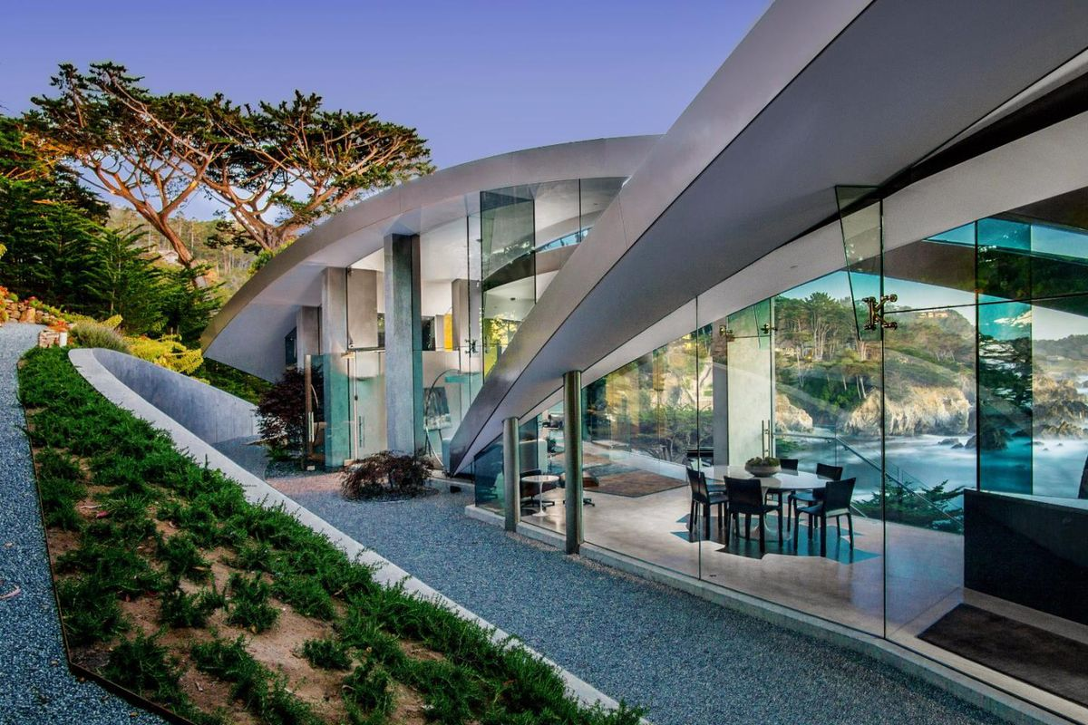 Modern home with jaw dropping ocean view asks 11 9m curbed for Glass houses for sale in california
