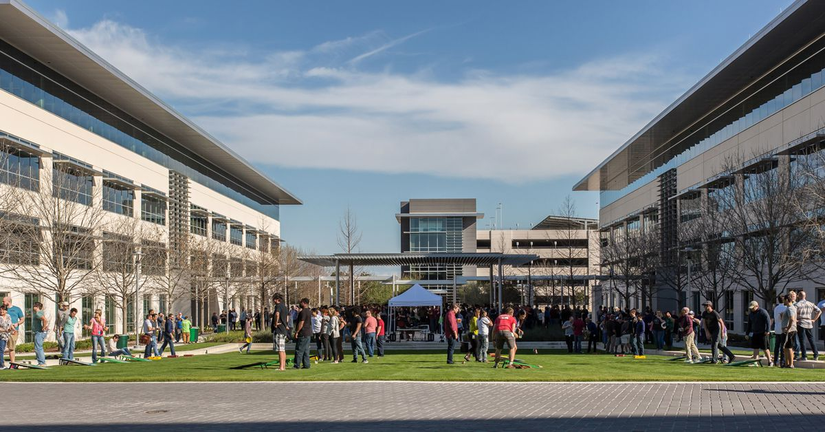 Apple build new campus in austin and jobs in us outside austin campus 12132018