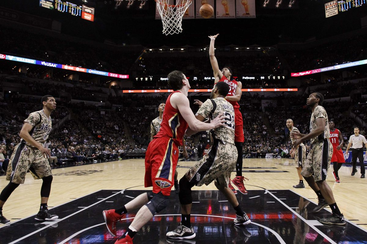 Asik and Davis combine to form a formidable inside presence for New Orleans