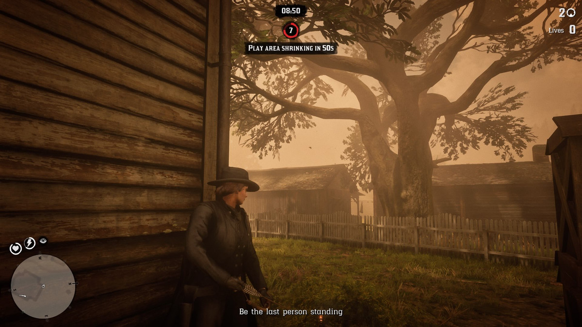 Red Dead Online - a player takes cover.
