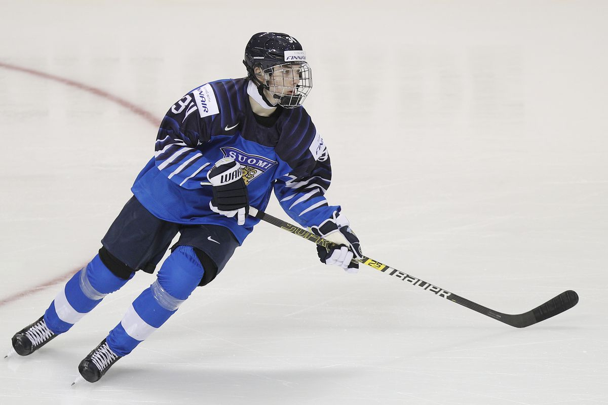Scouting The 2019 Nhl Draft Ville Heinola Is Quietly Moving Up The