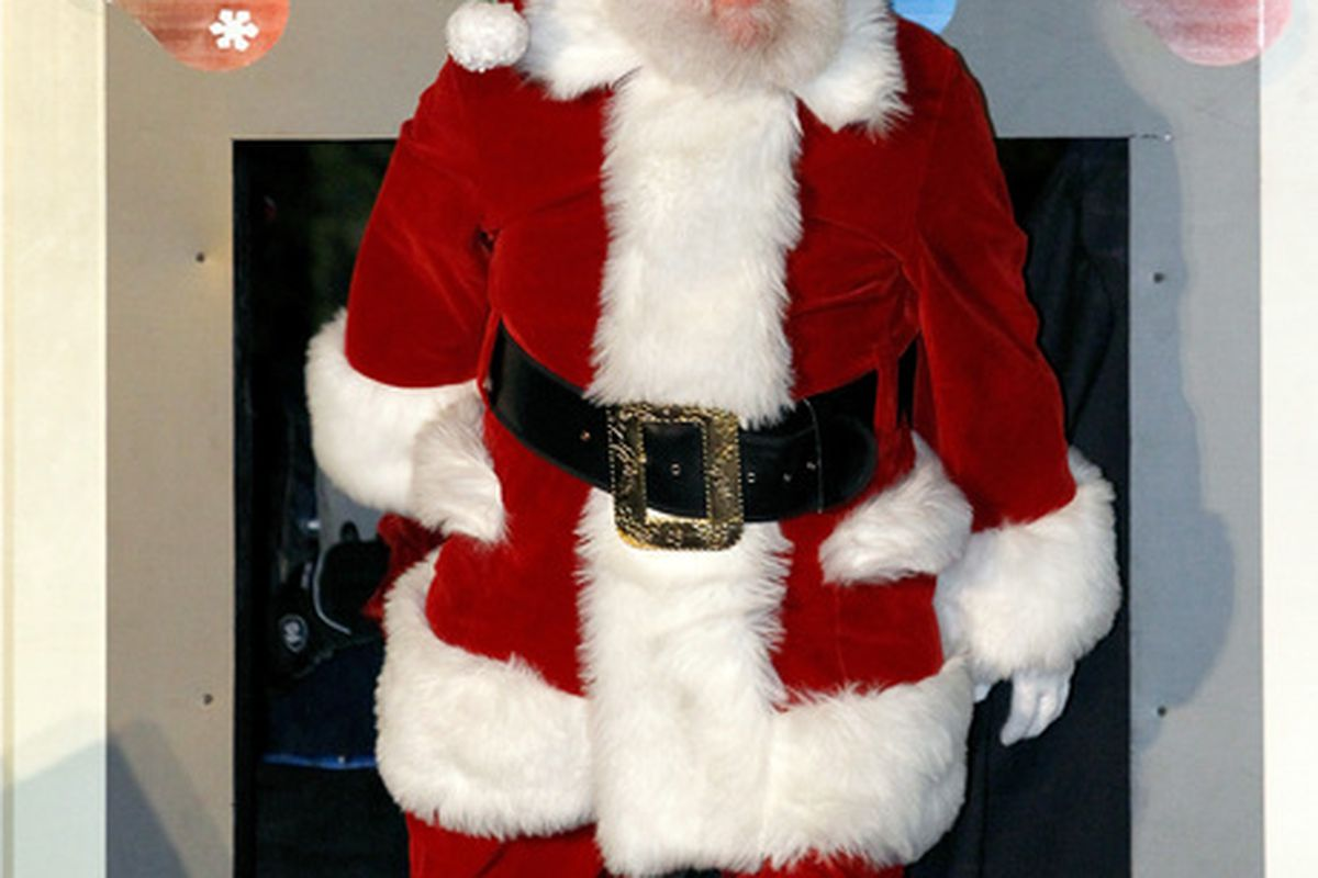 Trust me, <em>this guy</em> knows who's been naughty & nice between Jeff Fisher and Vince Young.