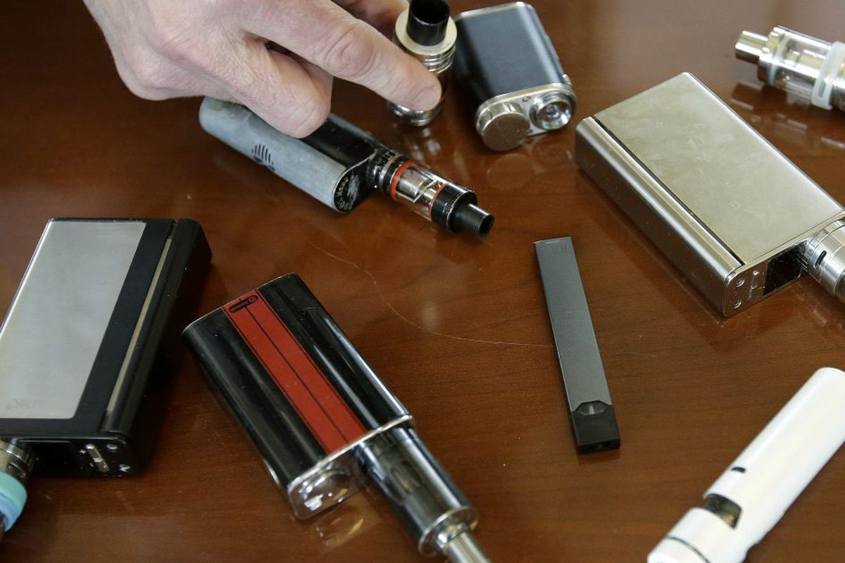 Ald. Brendan Reilly proposes daily, weekly limits on purchase of e-cigarettes and other vaping products in C…