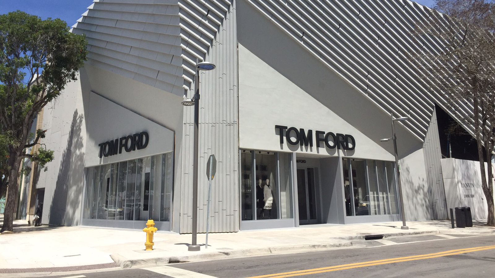 Tom ford 39 s design district flagship is what you expected for Design district
