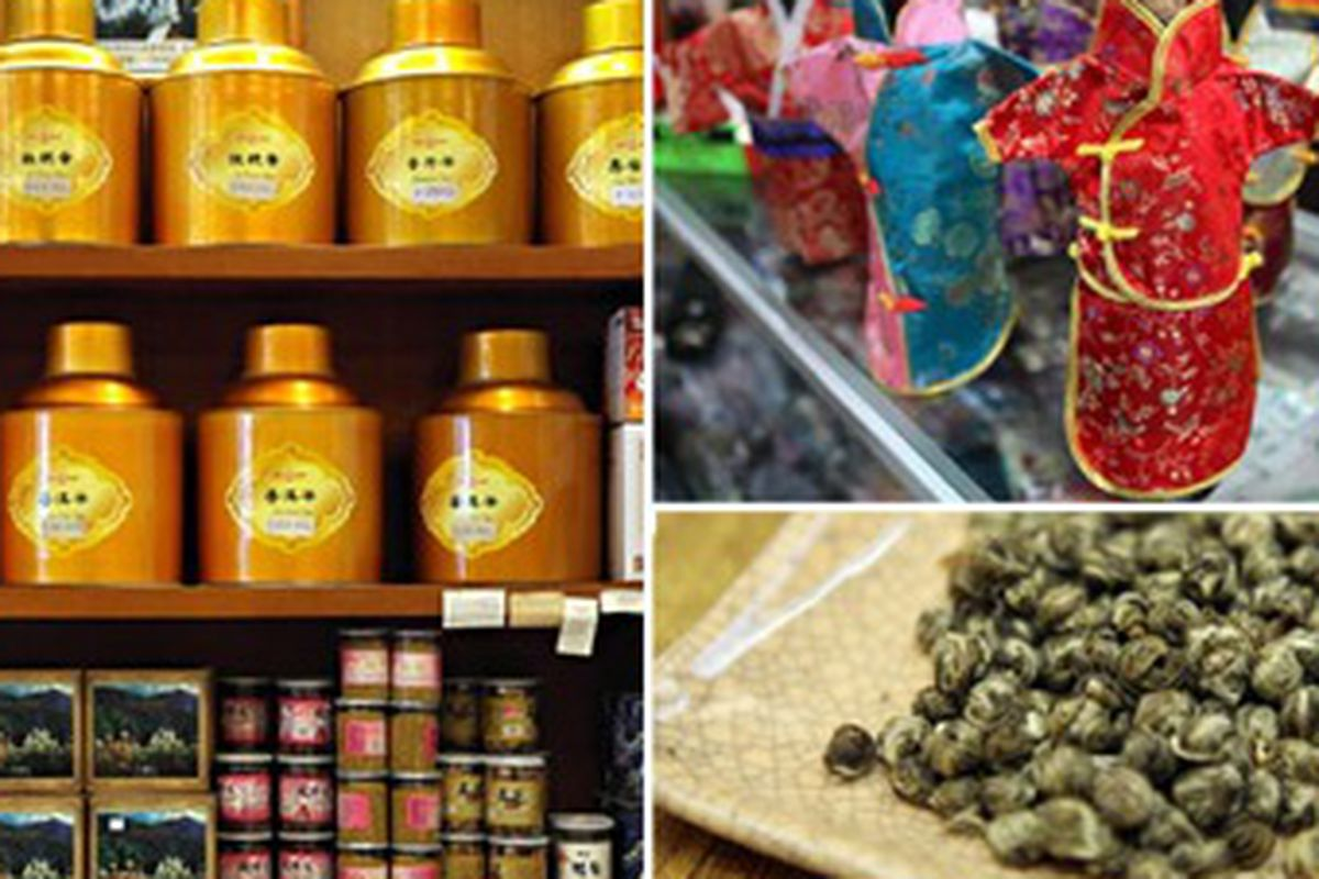 """Goodies at Chicago's Chinatown, image via <a href=""""http://www.chicagotribune.com/features/tribu/ct-play-1202-shopping-chinatown-20101202,0,5273966.column"""">Chicago Tribune</a>"""