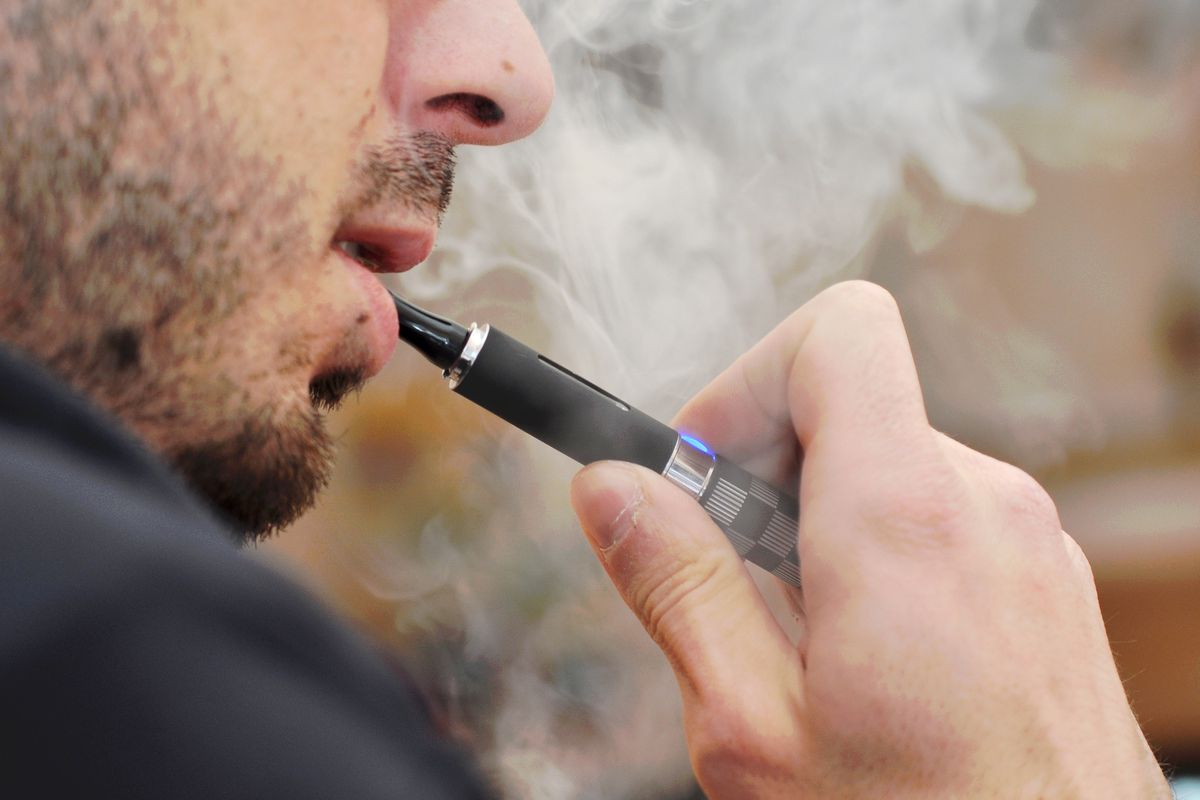Vaping health risks 2019: A new lung disease has been linked to e ...