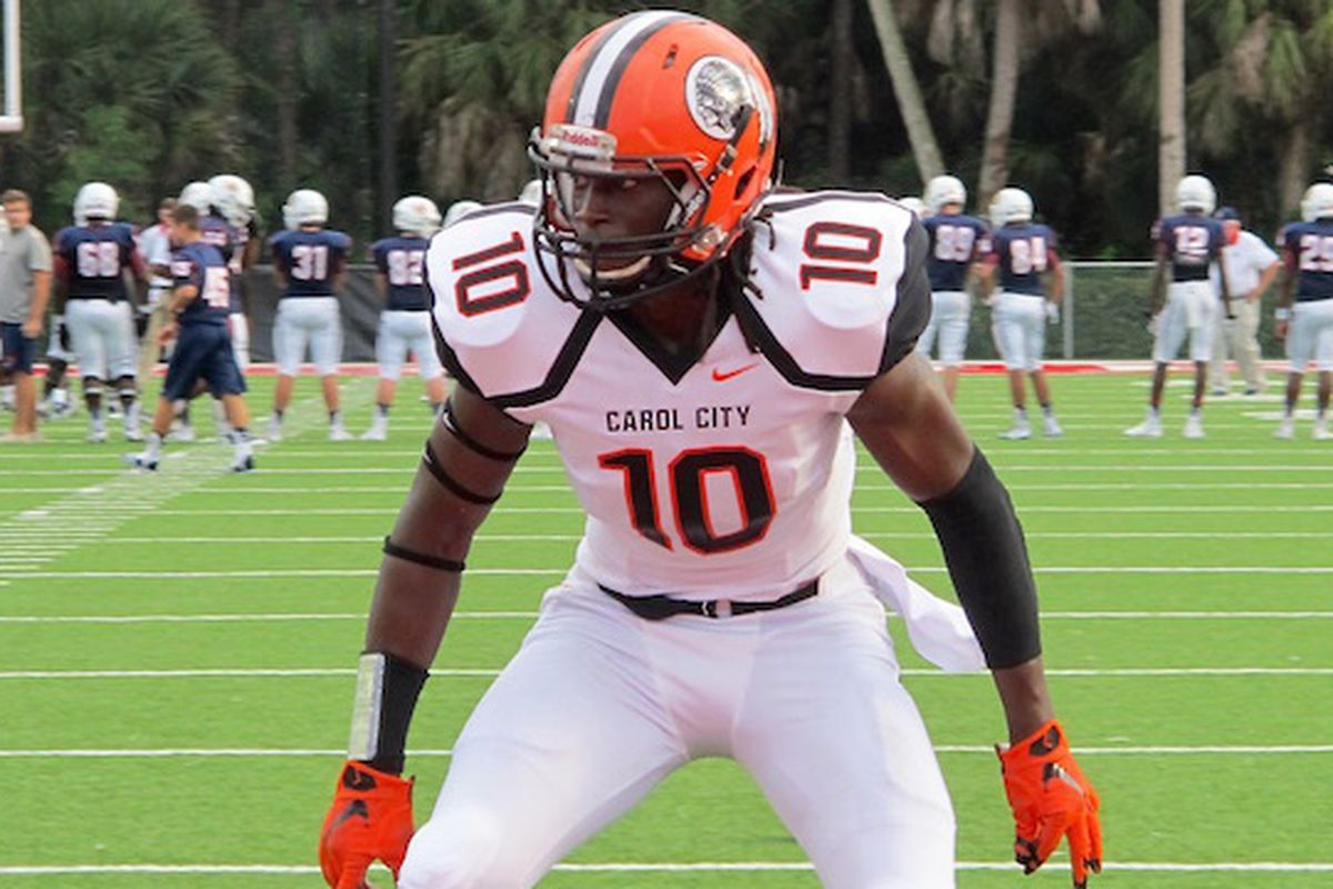 Carol City 4-star LB De'Andre Wilder is one of the top targets in this class for Miami. Find out who else is on that list here.