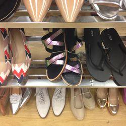 Shoes, size 7