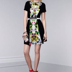 Short-sleeve dress in First Date print and black, $39.99; miniaudiere in Nolita print, $34.99; floral necklace, $39.99; crystal teardrop pendant necklace, $19.99; wedge sandals in Apple red, $29.99