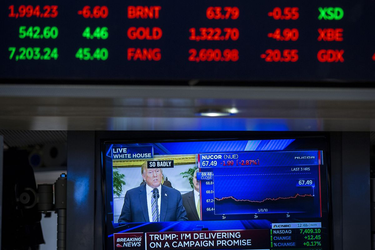 Stock market plunges as Wall Street gives Trump's China deal another look