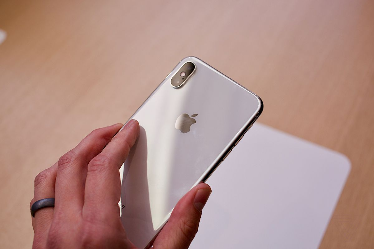 iPhone XS and XS Max: hands-on with Apple's giant new phone